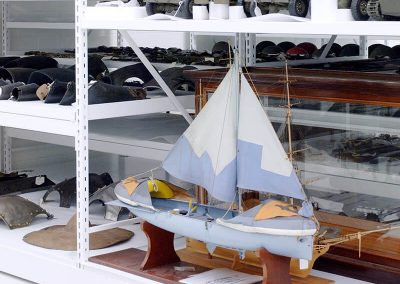 compact-museum-shelving