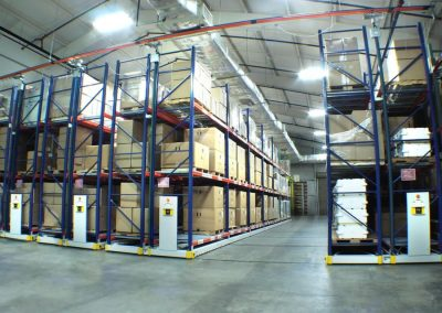 mobile-warehouse-racking-on-activrac