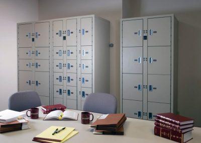 non-pass-thru-evidence-lockers-at-baker-mckenzie-law-office-toronto