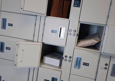 non-pass-thru-storage-lockers-at-baker-mckenzie-law-firm-toronto