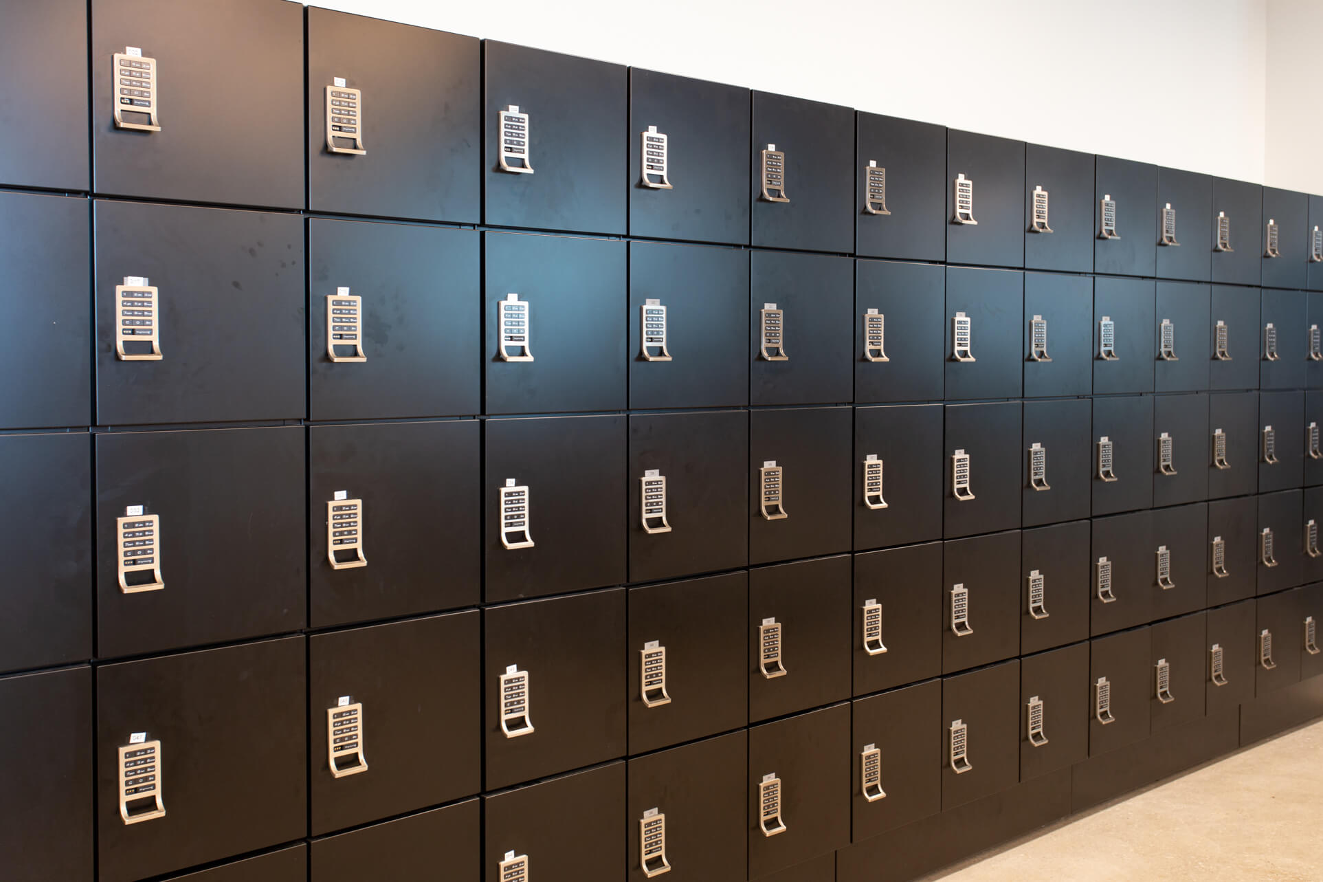 Dentsu Day-Use-Lockers-Office Custom Lockers